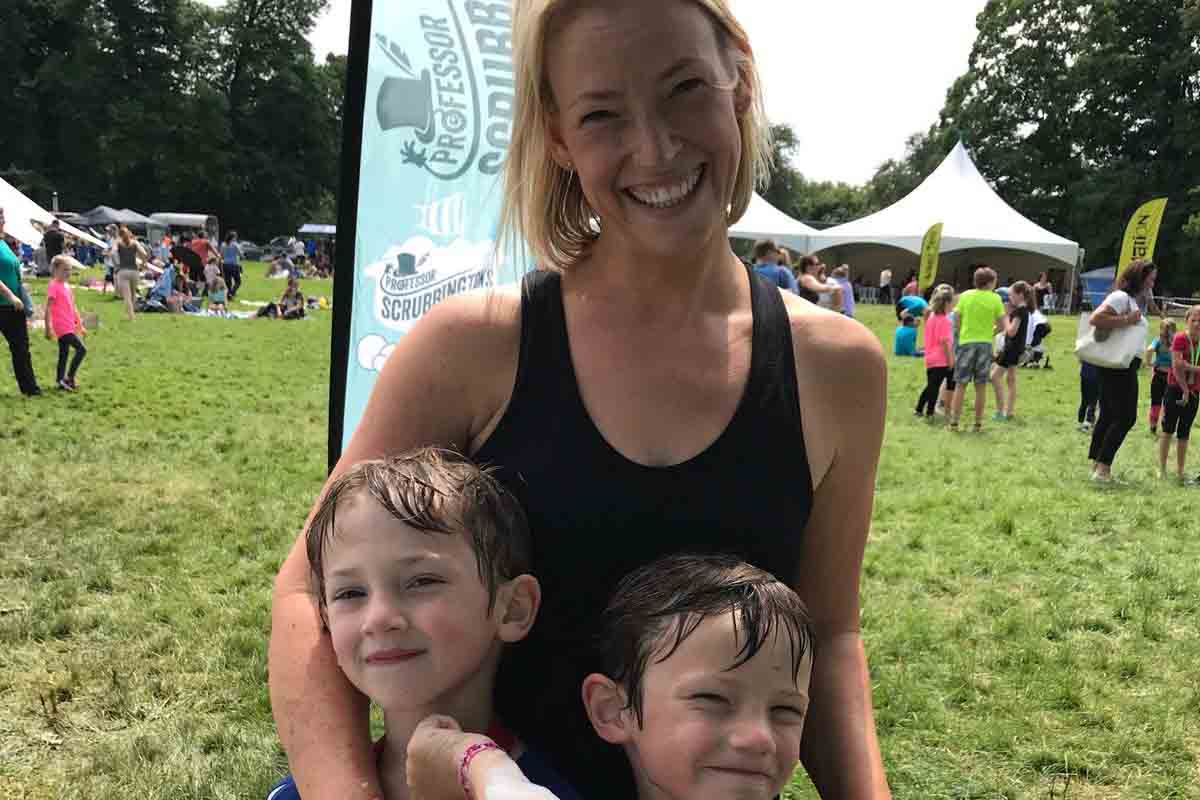 Kirsty Ball With Her Family At Event